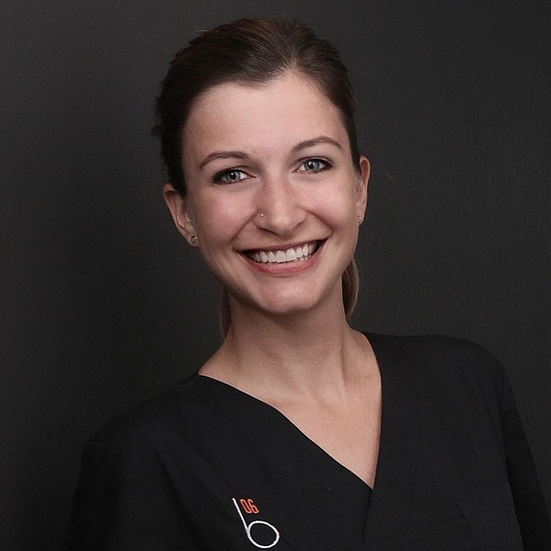 Zahnärztin-Dr-Sina-Karwey-Schittek-giessen
