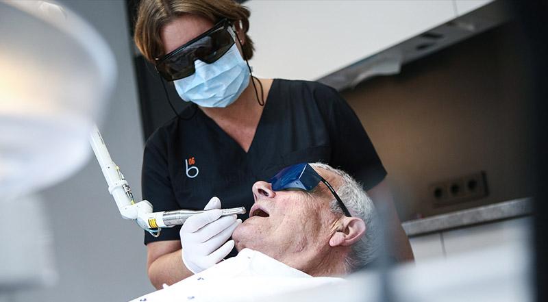 zahnzentrum-b6-zahnmedizin-schmerzfreie-behandlung-keine-angst-vor-dem-zahnarzt